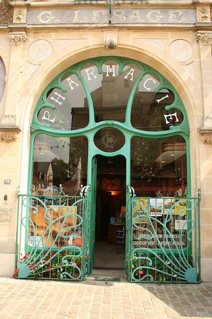 11. Pharmacy France