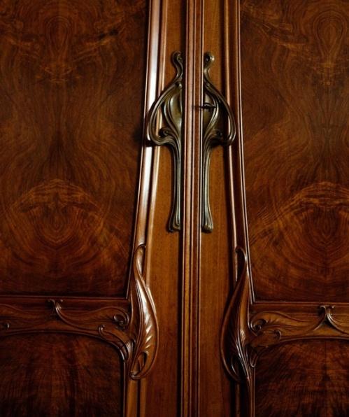 6. door details